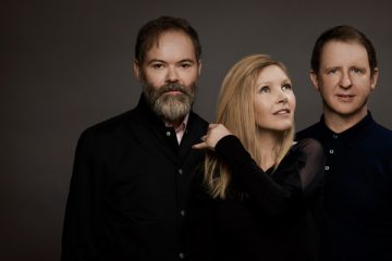 Saint Etienne – Magpie Eyes