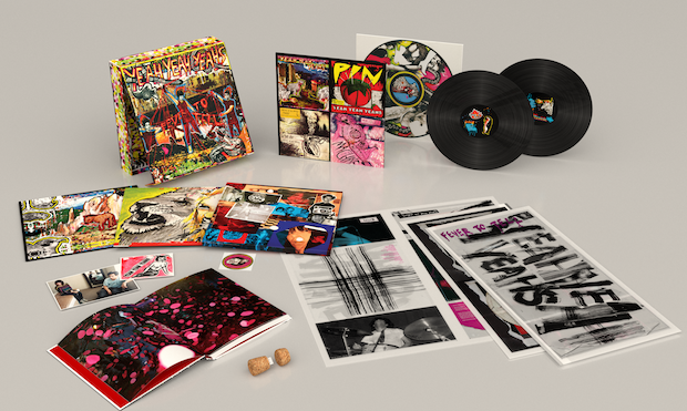 Yeah Yeah Yeahs Fever To Tell Deluxe